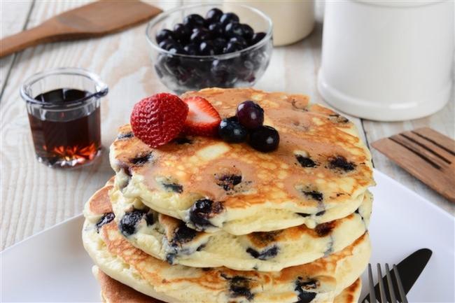Yaban-Mersinli-Pancake-Tarifi