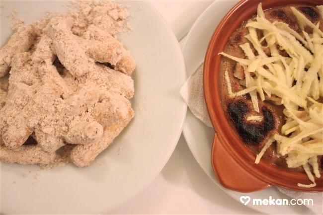 Giritli-Restoran-Tatlı-Helvalı-Parmak-Tatlısı-Tahin-Pekmez