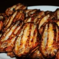 1 kg 24 adet jumbo kanat ve soslu ekmek