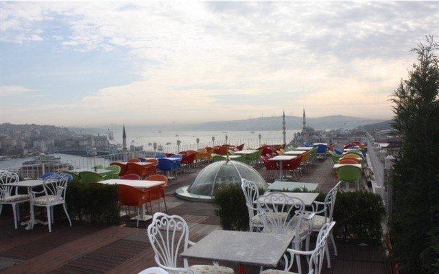 Kubbe-i Aşk'ta Nefes Kesen Manzara Eşliğinde Kahvaltı Keyfi