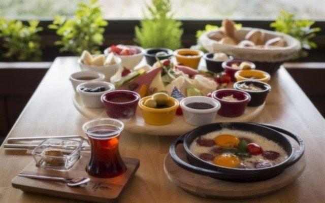 Kahve Dehası Exclusive'de Boğaza Nazır Kahvaltı