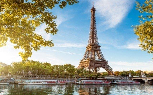 Sömestr Dönemi 7 Gece 8 Gün Benelux & Paris Turu (Disneyland Turu Ücretsiz!)