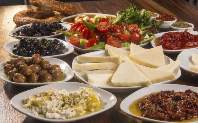 Ankara Evin Döner'den Tadına Doyamayacağınız Tatlarla Bezeli Nefis Yöresel Erzincan Kahvaltısı