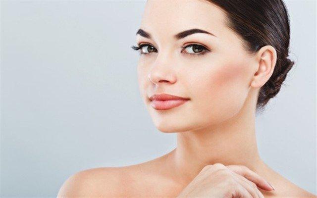 Şişli Point Of Skin Leyla İnanır'dan 3 Seans Seçenekli Kaş Silme veya Dipliner Eyeliner Uygulaması